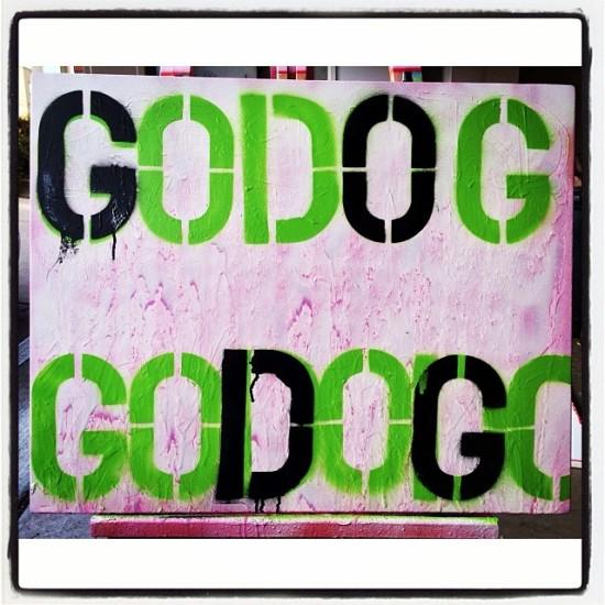 GODOGODOGODOG